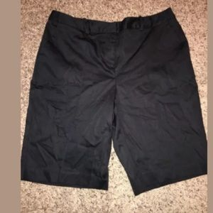 Worthington black modern fit shorts size 10